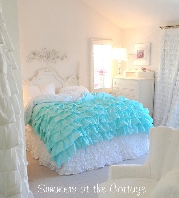 Aqua White Ruffles Duvet