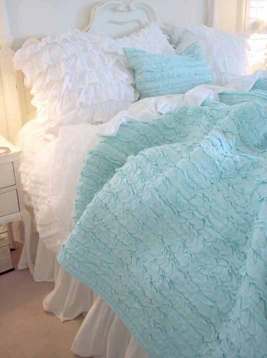 DREAMY AQUA BLUE RUFFLES QUEEN QUILT SET SHABBY COTTAGE CHIC