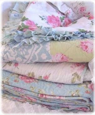 Miraculous Shabby Chic Beach Cottage Bedding Linens Rachel Ashwell Home Interior And Landscaping Staixmapetitesourisinfo