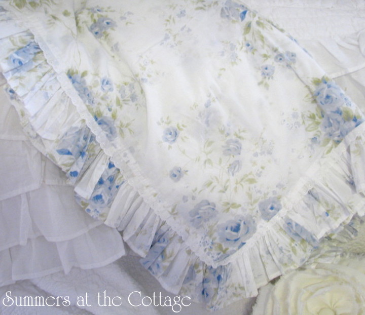 White Lace Blue Roses Cotton Table Cloth