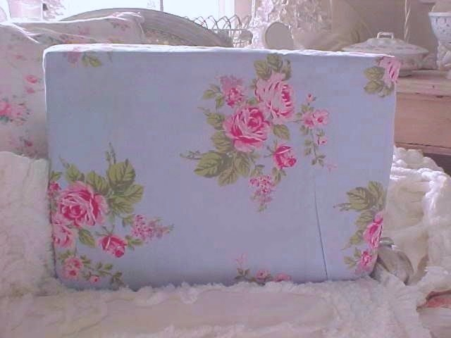 Beach Cottage Blue Pink Roses Sheet Set