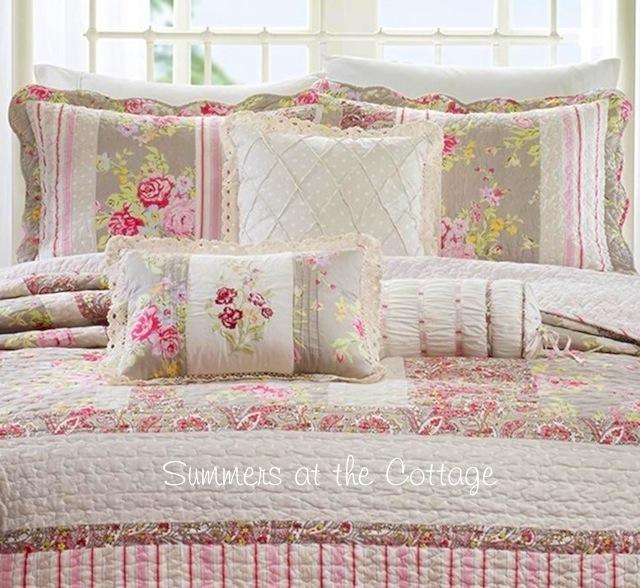 Cottage Lane Pink Roses Quilt Set