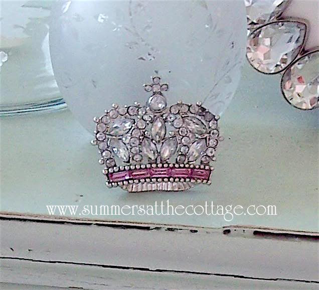 Shabby Chic Rhinestone Crown Brooch