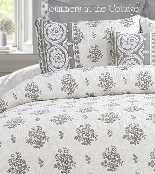 Flower Baskets & Roses Quilt Set