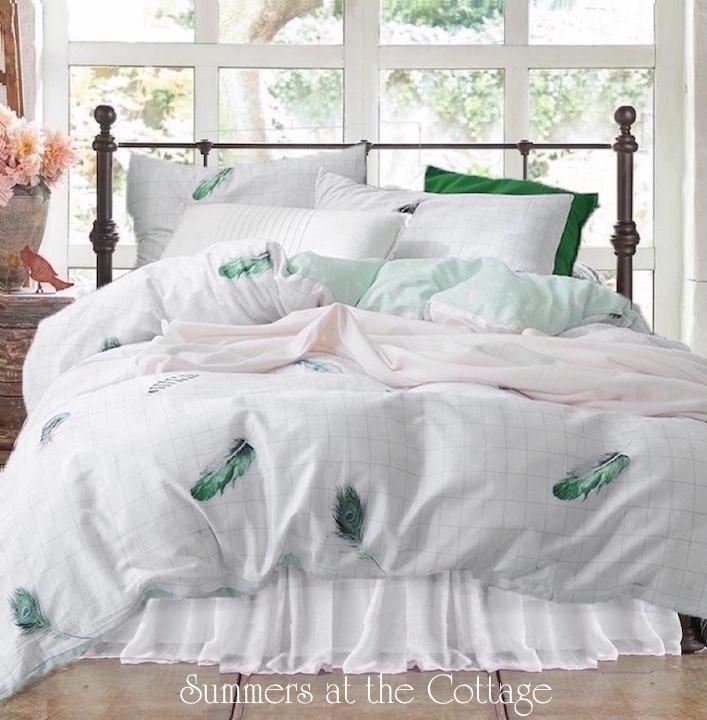 Dream Catcher Feathers White Cotton Duvet Set