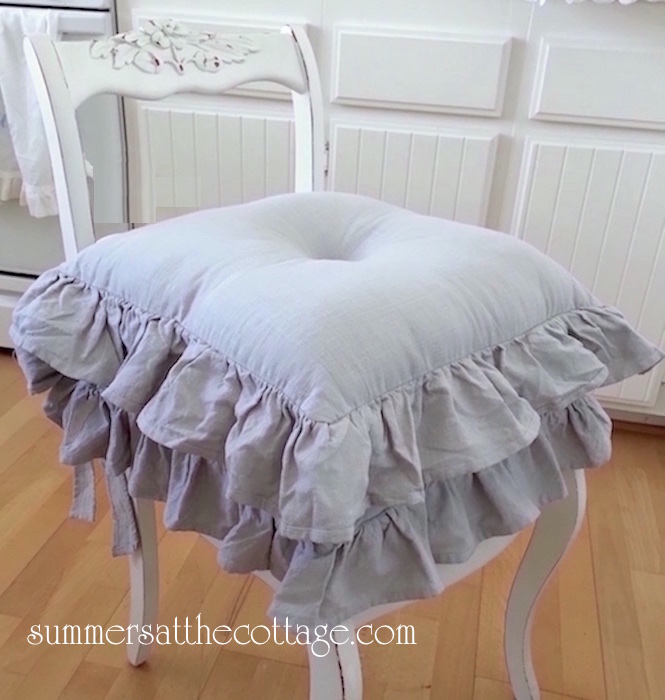 Beau A Beautiful Accent For Your Shabby Chic, Cottage, Or French Country Home.  To Create A Double Ruffle, Use Two Cushions On One Chair As Shown Below.