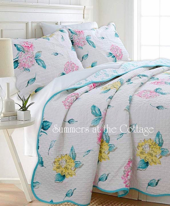 Pink Hydrangea Turquoise Quilt Set
