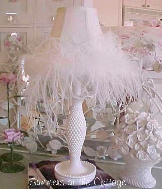 White Hobnail Feather Lamp