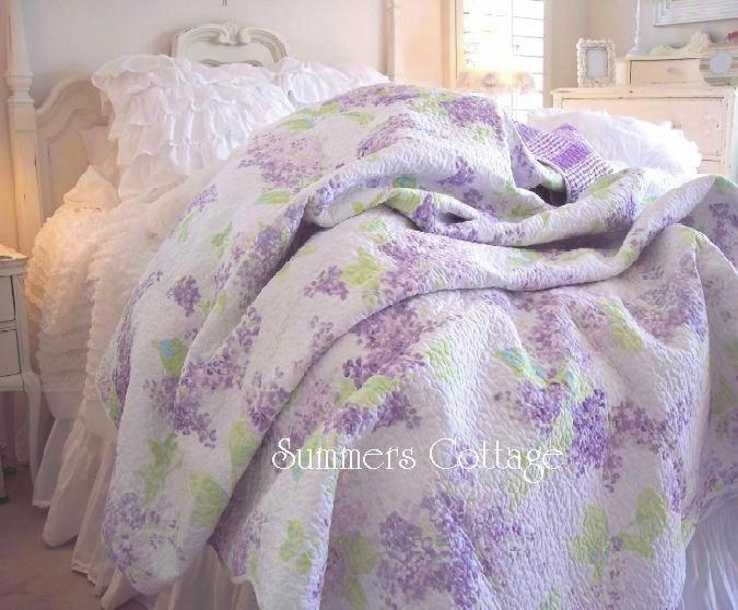 Lavender Lilacs Quilt Set