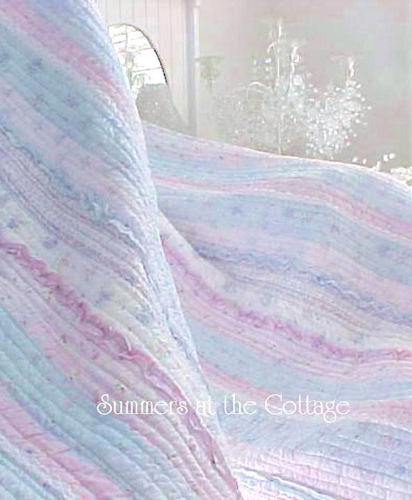 Pretty Ruffles Patchwork Quilt Set