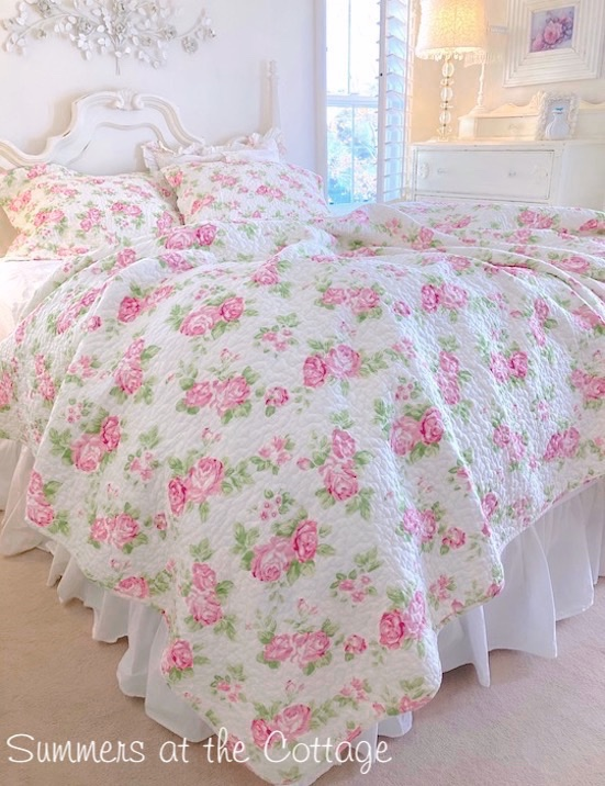 shabby cottage chic bedding twin quilts comforter rag quilt ruffles shabby chic girls baby toddlers. Black Bedroom Furniture Sets. Home Design Ideas