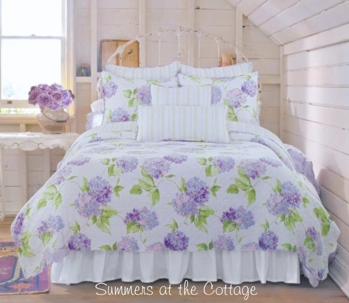 Seaside Flowers Periwinkle Cottage Quilt Set