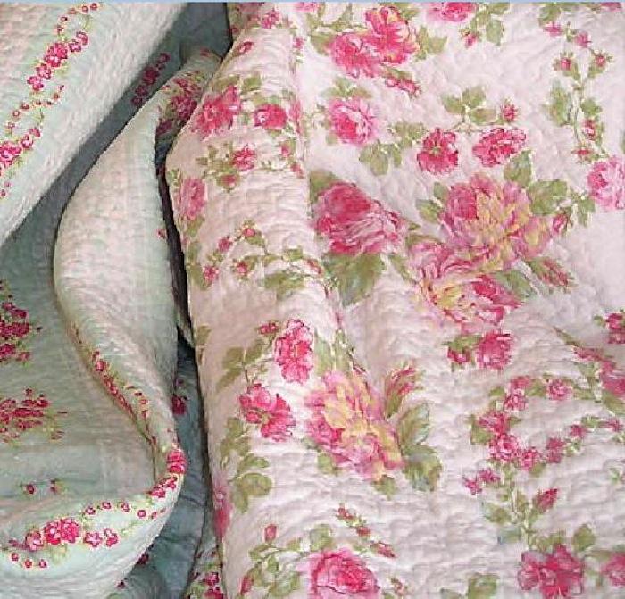 Peony Roses Quilt Set