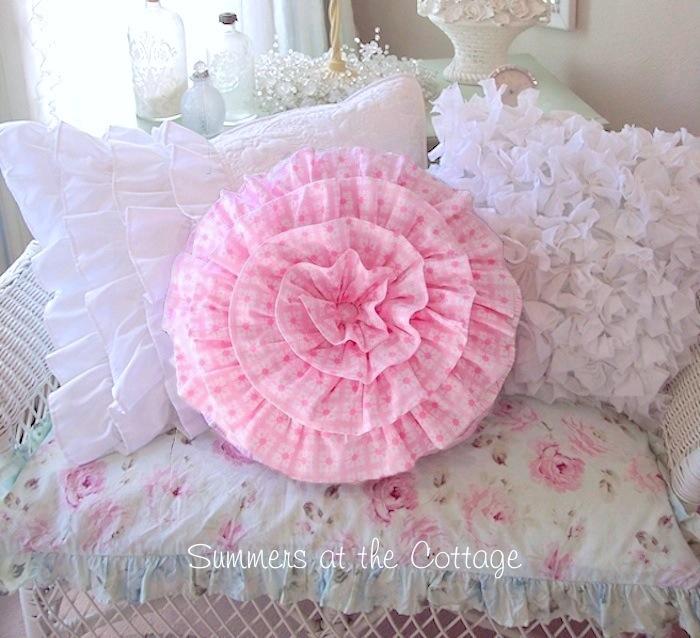 Round Pink Ruffle Daisy Dot Pillow