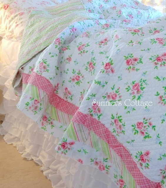 Pink Sweet Dream Roses Quilt Set