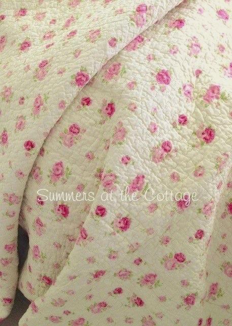 Pink Roses Rosebuds Quilt