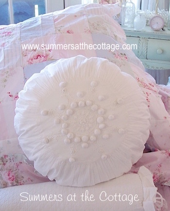Rachel Ashwell Shabby Chic French Knot Round Pillow