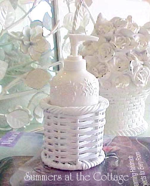 Shabby Chic Rachel Ashwell Treasures Lotion Soap Dispenser