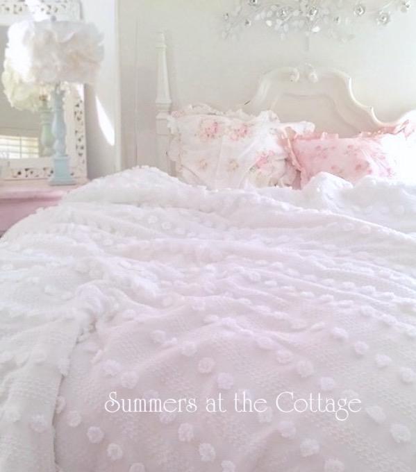Chenille Pops Comforter