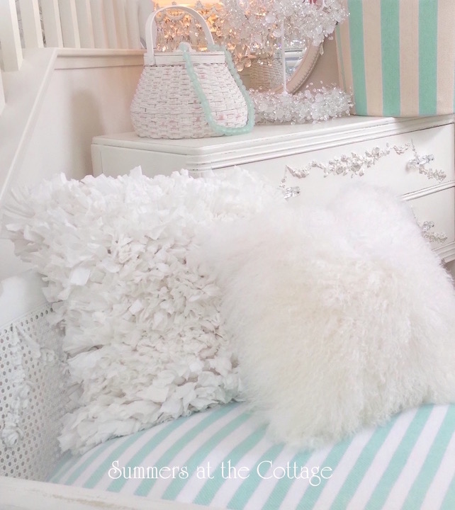 cottage chic pillows