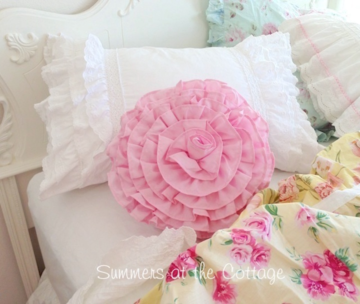 Lace Ruffles Pillow Sham