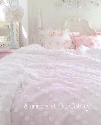 White Popcorn Chenille Comforter Soft Cozy Shabby Chic