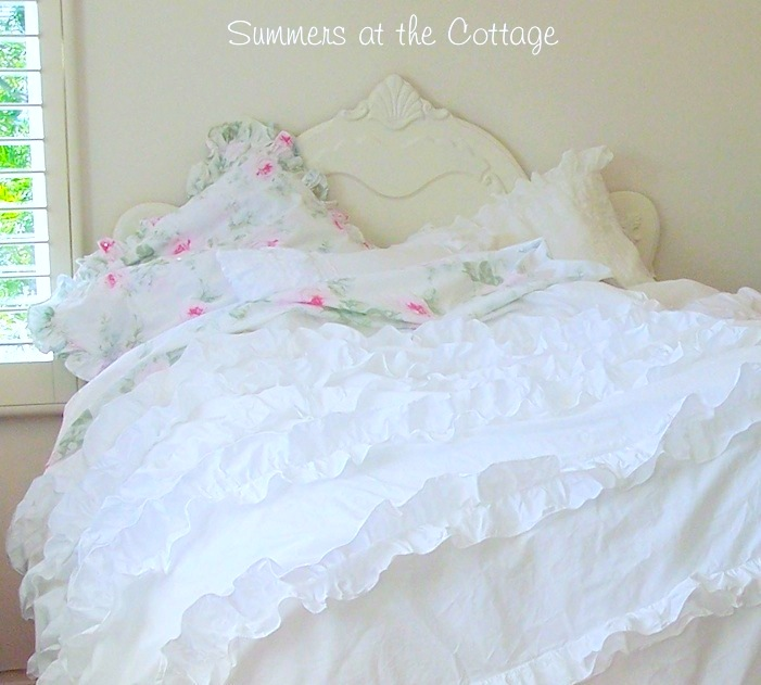 Heavenly White Ruffles Duvet