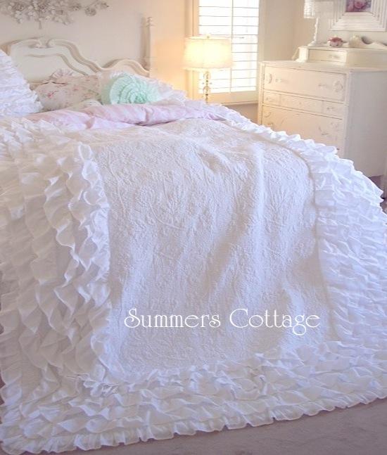 Dreamy Creamy White Ruffles Quilt