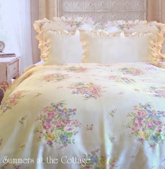 Pink Roses Summer Yellow Duvet